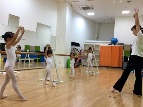 クラシックバレエも体験料無料です!!