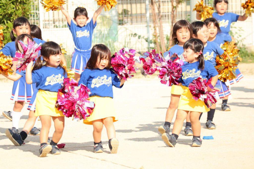 広川チアクラス「笑顔と大きなエールを贈ろう♪」